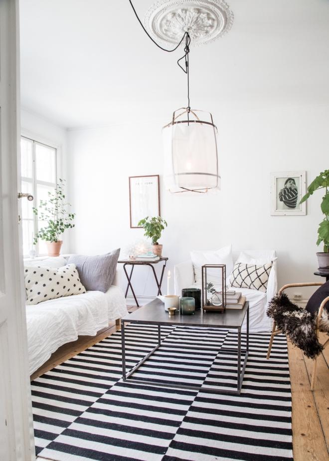 casa lámpara tela blanca 10