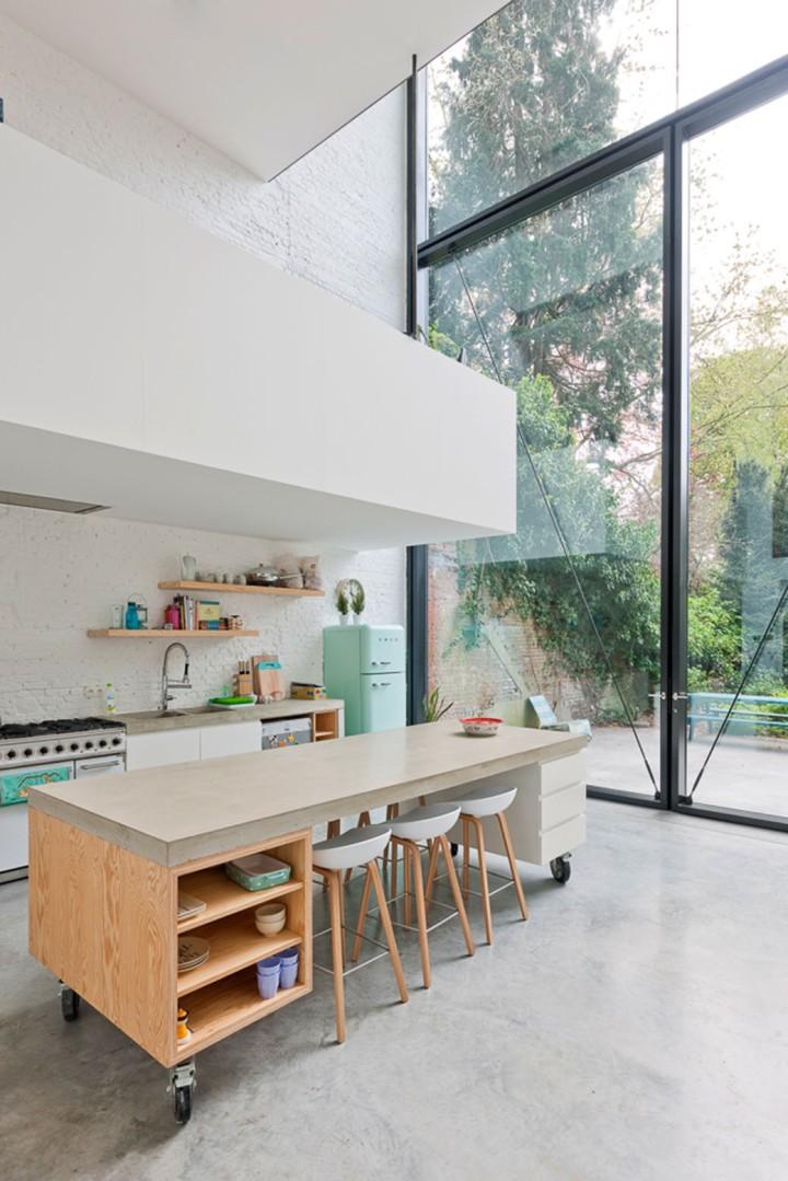 Casa tipo loft reciclada y vidreada – C L O T A