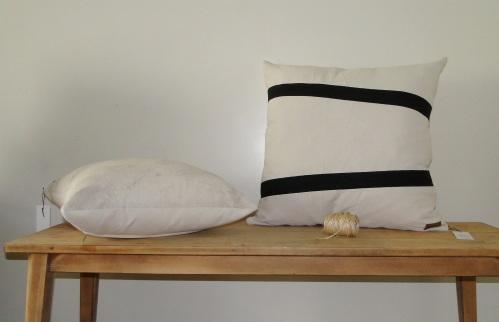 almohadon-tussor-crudo-negro