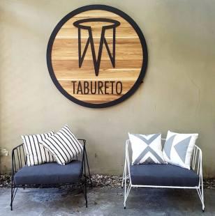 Tabureto 3